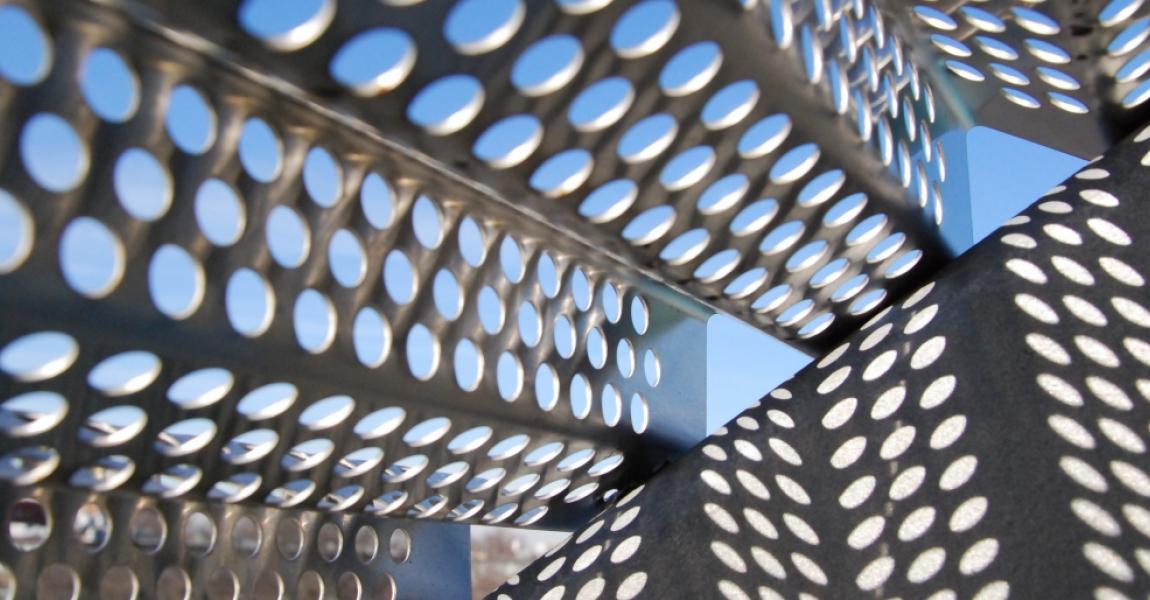 Corrugated Screen